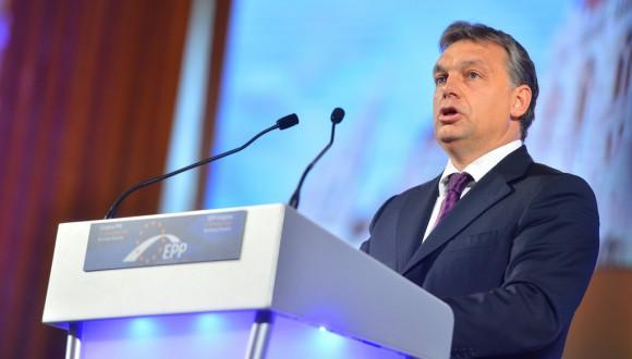 Pedimos al Partido Popular Europeo que no bloquee el artículo 7 en el caso de Hungría