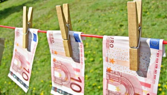Preguntem a la Comissió pel cas de blanqueig de capitals de CaixaBank