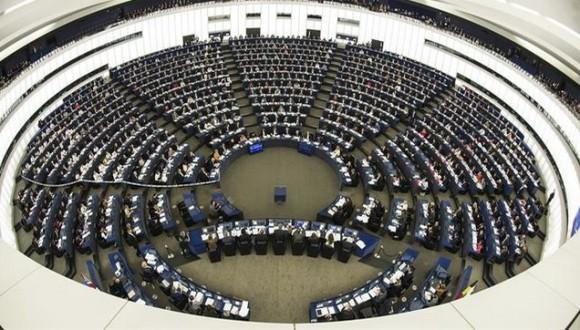 El Parlament Europeu deixa passar l'oportunitat d'aprofundir la democràcia europea