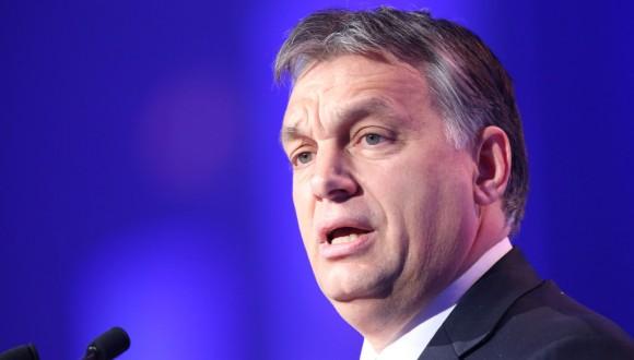 El Parlamento Europeo vota a favor de sancionar al Gobierno húngaro en una votación histórica
