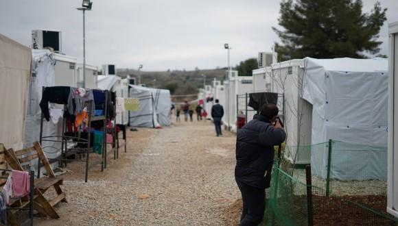 Preguntamos a la Comisión Europea a raíz del primer caso de Covid en el campo de refugiados de Moria