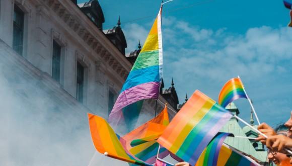 Preocupació pels atacs constants a l'organització LGBTI LIGA i delictes d'odi a Ucraïna