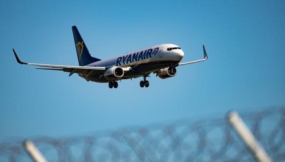 Instem a la Comissió a que abordi els problemes de competència deslleial de Ryanair