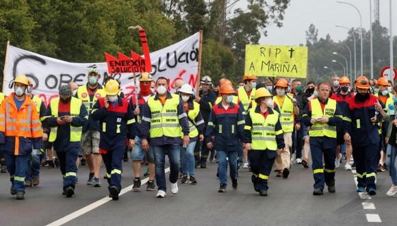 Denunciem la greu persecució a la qual s'està sotmetent a la representació sindical i legal dels treballadors de l'antiga ALCOA a la Corunya