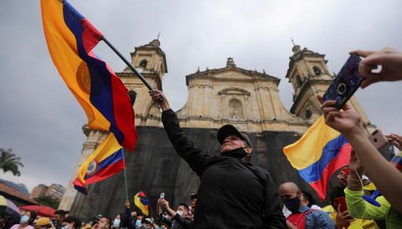La UE debe condenar la violencia en Colombia